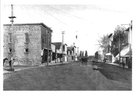 1915-amity